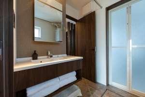 インテリア性にもこだわった美しい洗面スペース